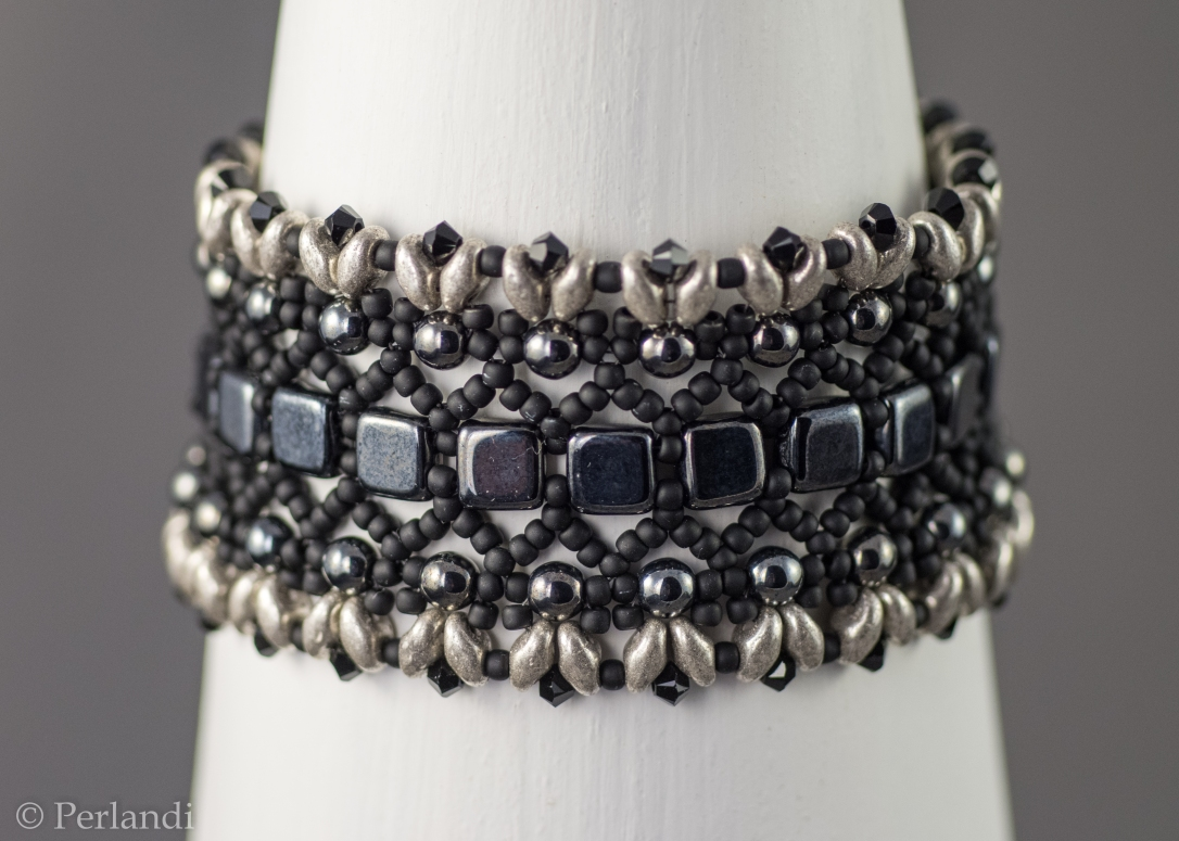 763204f514 Jelenleg készleten: bronz (utolsó darab), fekete, lilla, hókirálynő  méretük: M